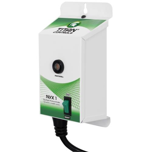 Titan Controls® Nyx® 1 - Day/Night Photocontroller
